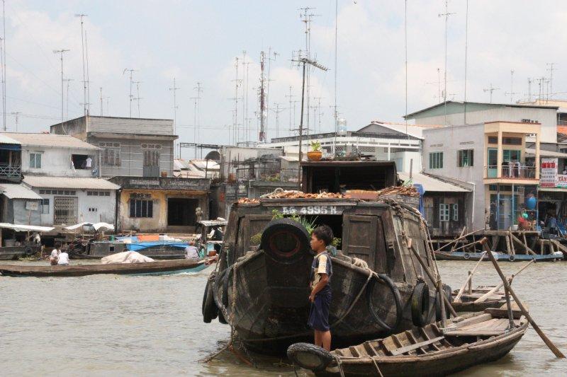Houseboat boy