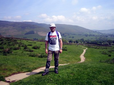 edale valley on way to jacobs ladder