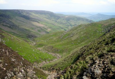 looking down grindsbrook clough, much more steeper than photo shows