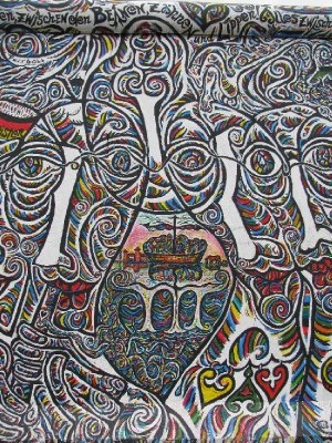 Berlin wall - patterns and faces
