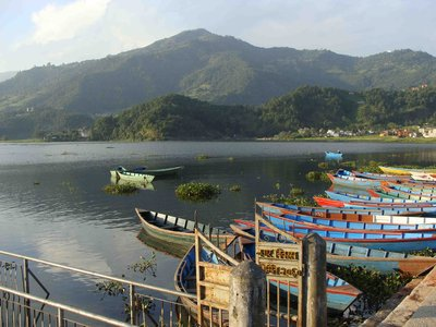 lake fewa boats