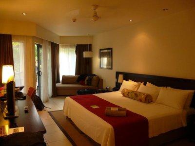Fiji - Radisson hotel room