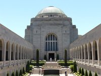 Canberra_-..orial_2.jpg