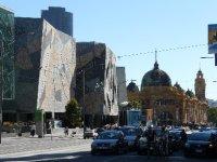 Melbourne_..tion_Sq.jpg