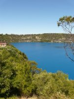 Mt_Gambier.._lake_2.jpg