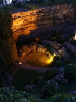 Mt_Gambier..gardens.jpg