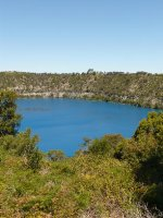 Mt_Gambier..ue_lake.jpg