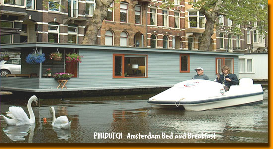 Phildutch Houseboat Bed and Breakfast - Amsterdam