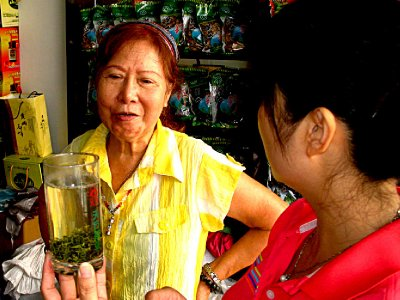Negotiating the sell of their fine teas