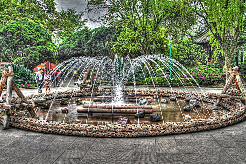 large_05fountainhdr.jpg