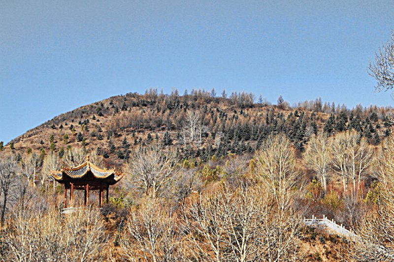 Small Chinese gazebo on the mountain side
