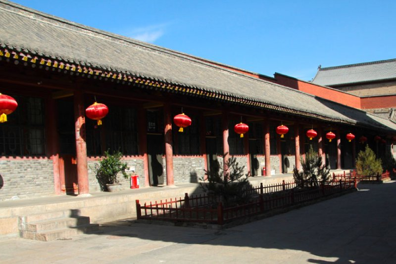 Portico of Chinese lanterns