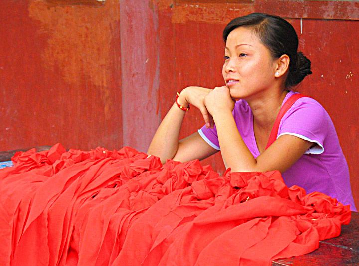 JZ Sashi Temple Red Lady