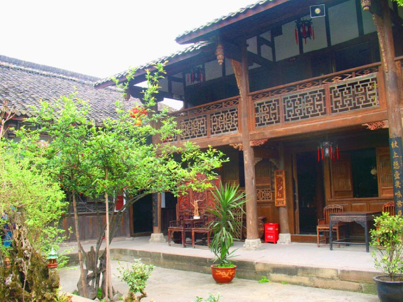 large_32AnotherCourtyard3.jpg