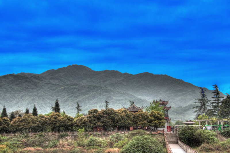 A Stylized View Of The Qingcheng Mountains
