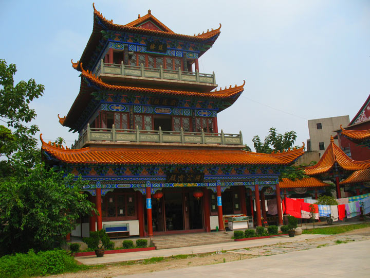 JZ Guan Yu Ancient Temple Inside