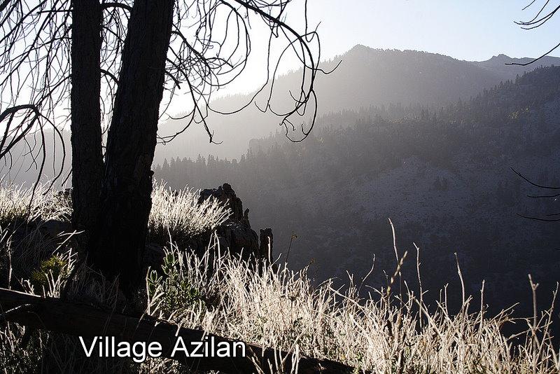 Village azilan dans Les Montagnes du Rif Chaouen