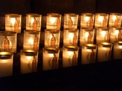 cathedrale notre dame candles