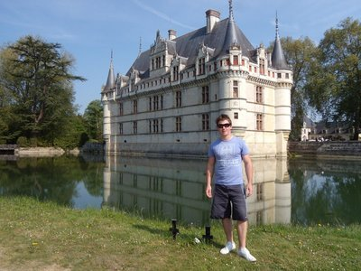 me in front of azay-le-rideau castle
