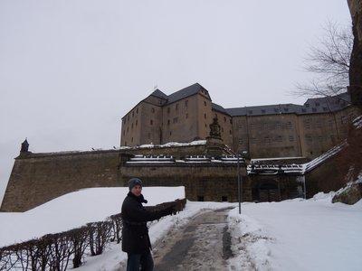 snowcastle094.jpg