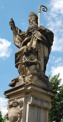 2009_44_Ch.._Statue.jpg