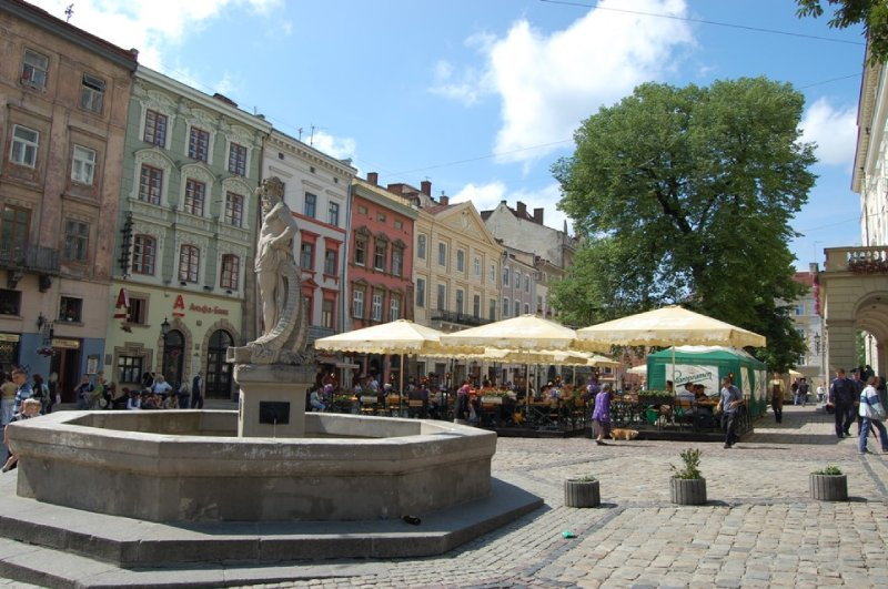 2009 521 Lviv Old Square Small