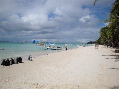 the_beach_2__Small_.jpg