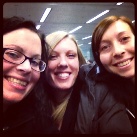 3 girls traveling the UK to see little sister