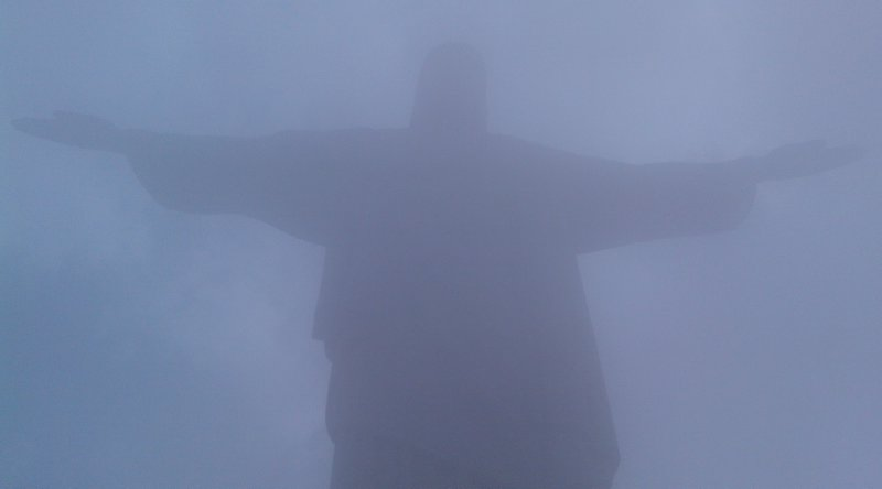 Cristo_shrouded in fog