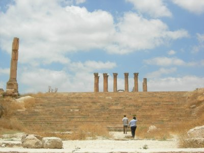 Jarash: ross and guard walk up steps