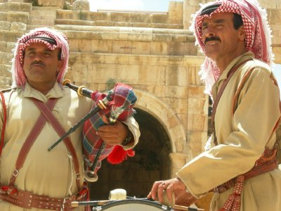 Jarash: music men close up