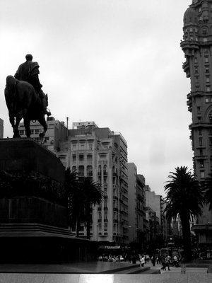 Montevideo: main plaza