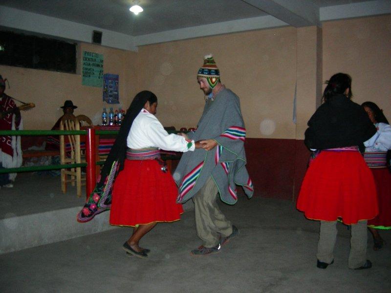 Puno- Amantani izzy dances