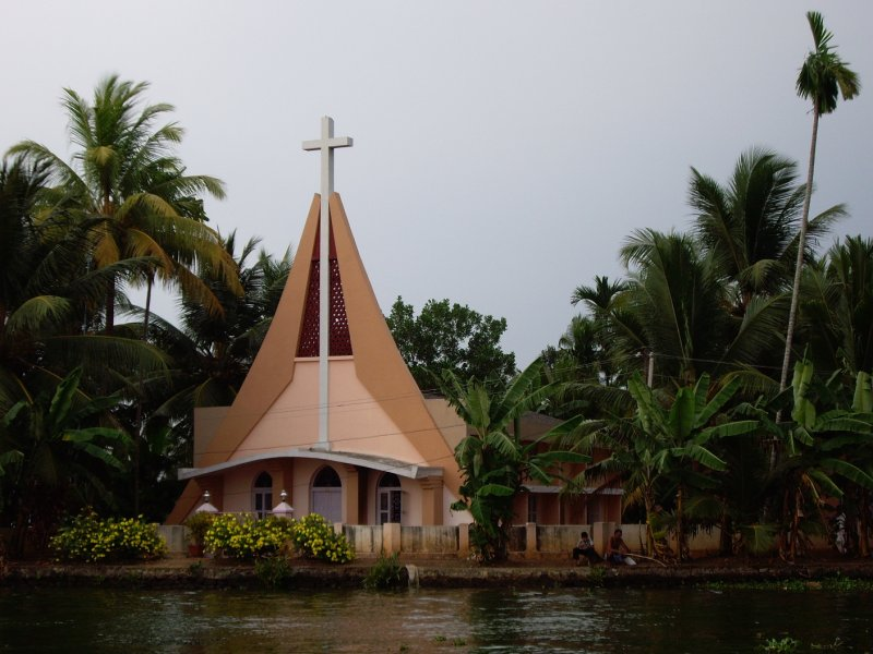 Riverside Religion in Alleppey