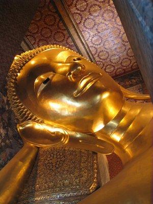 wat pho : bangkok / thailand