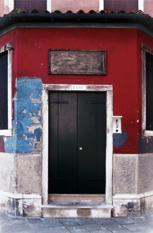Corner Door in Venice