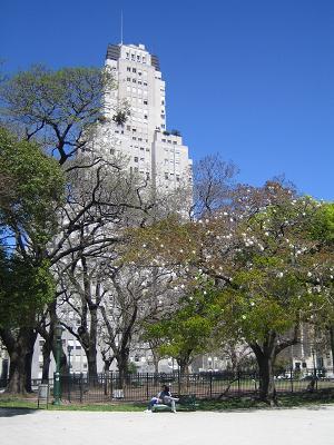 Plaza_San_Martin_2.jpg