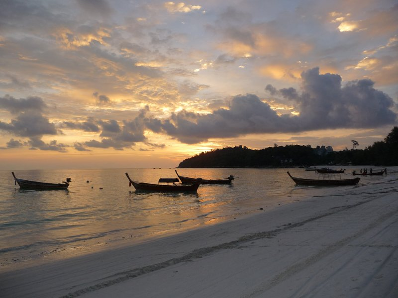 Sunset on Long Beach Ko Lipe