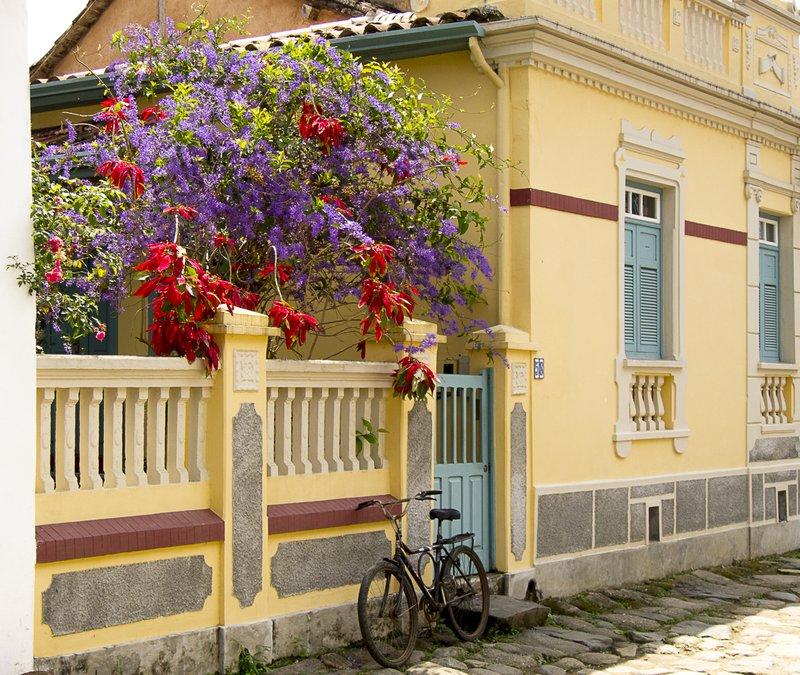 Street scene in Paraty