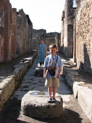 Kids_in_street.jpg