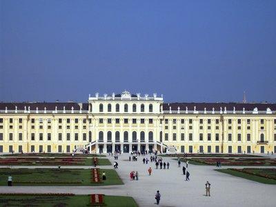 Sch_nbrunn_palace.jpg