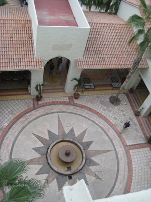 0003_Hotel_Courtyard.jpg