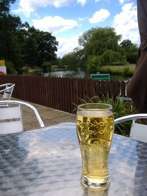 Cider at Rose and Crown on the banks of the Avon River