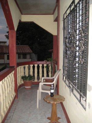 A06_Hi-Et_..Balcony.jpg