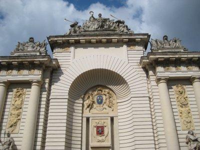 A232_Paris_Gate.jpg