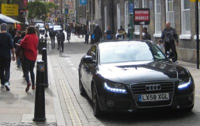 Audi_on_Brick_Lane_2.jpg