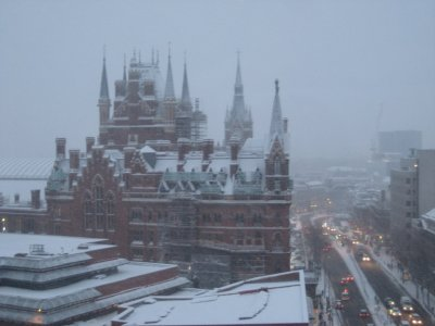 B001_St_Pancras_Snow.jpg