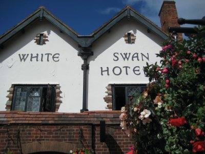 White Swan pub in Stratford
