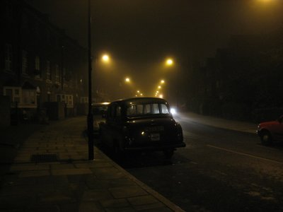 Car_in_London_Fog.jpg