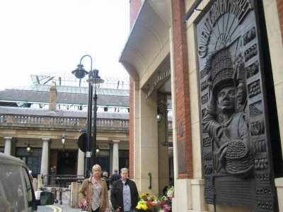 Covent_Garden_Sign_2.jpg